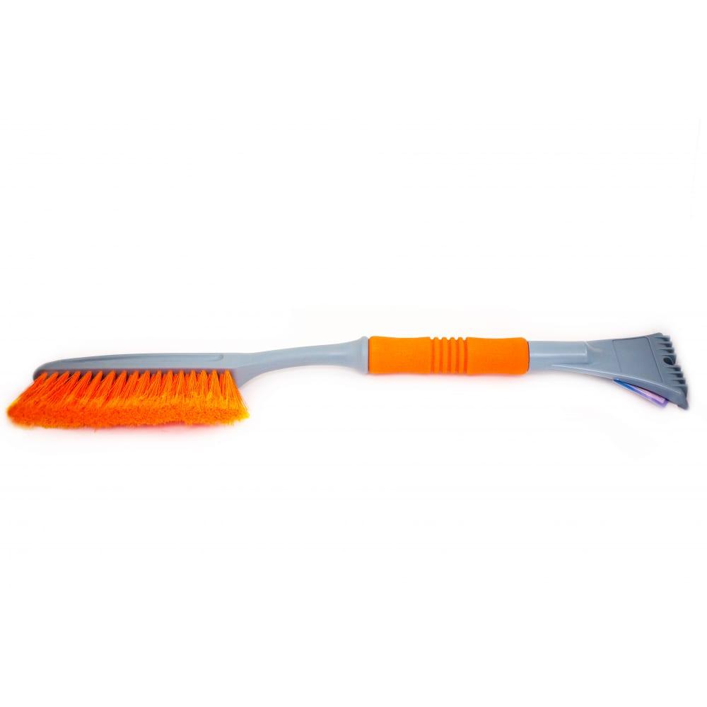 Купить Щетка со скребком для удаления снега и льда с мягкой ручкой 63 см autovirazh av-2125