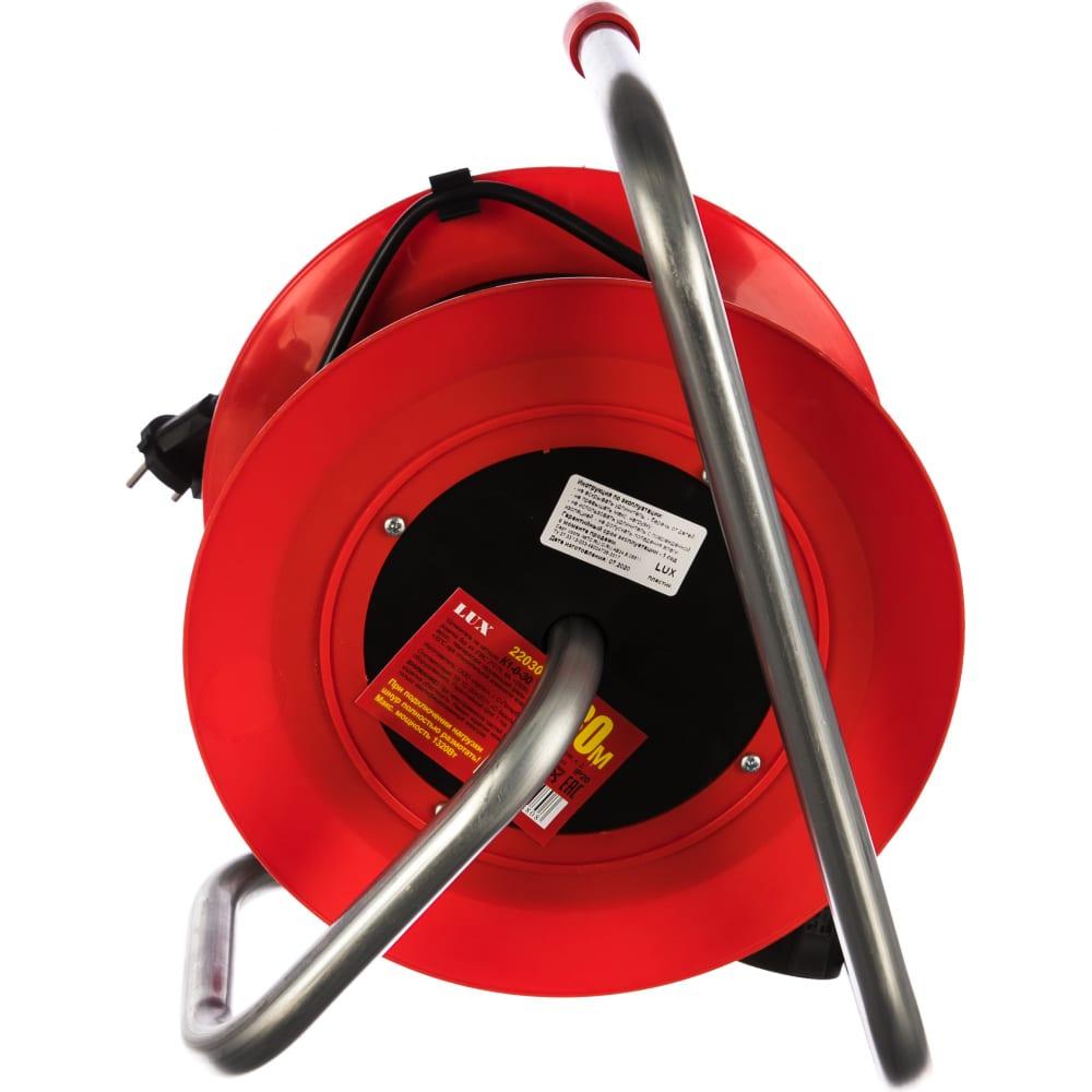 Силовой удлинитель на катушке lux к1-0-30 4606400604808, 30м, выносная розетка