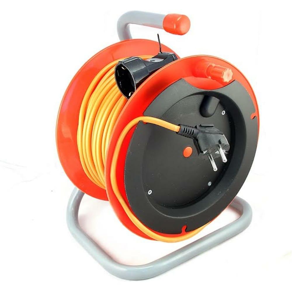Силовой удлинитель на катушке к1-е-40 пвс 3x0.75 40м с заземлением lux 4606400417613