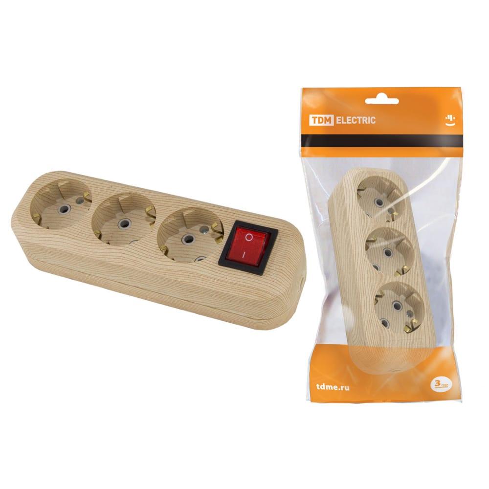 Розеточная колодка, 3 гнезда, с выключателем, сосна tdm sq1806-0049