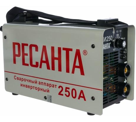Фото инверторного сварочного аппарата Ресанта САИ 250 в кейсе